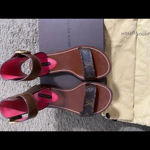 Louis Vuitton Womens Ocean Drive Sandal